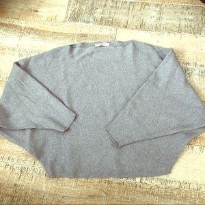 Zara knit grey crop sweater with bat sleeves L